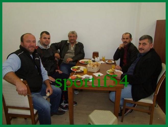 kizilkayaspor-alifuatpasa-osmanli-mutfaginda-yemekte-biraraya-geldi-3-600x450