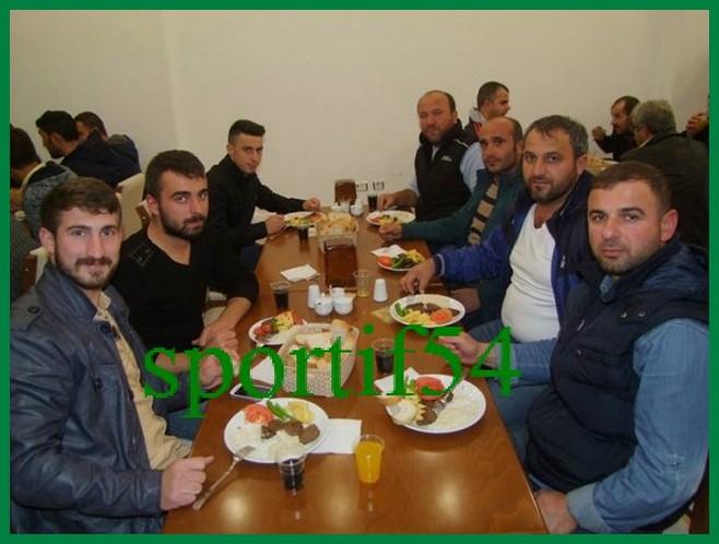 kizilkayaspor-alifuatpasa-osmanli-mutfaginda-yemekte-biraraya-geldi-4-600x450